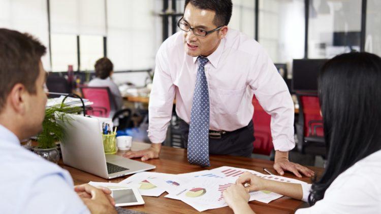 業務技巧 3 原則,輕鬆贏得陌生人好感!